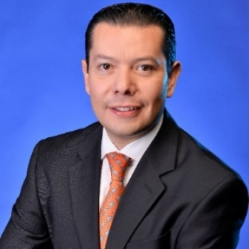Carlos A. González Tabares